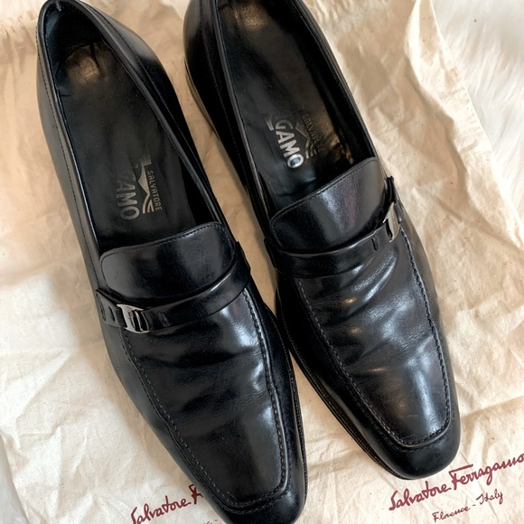Salvatore Ferragamo black leather dress shoes